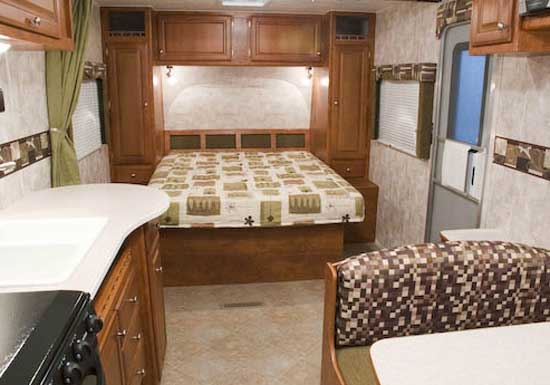 2010 Tango Travel Trailer RV   By Pacific Coachworks   Interior   257BH  Model