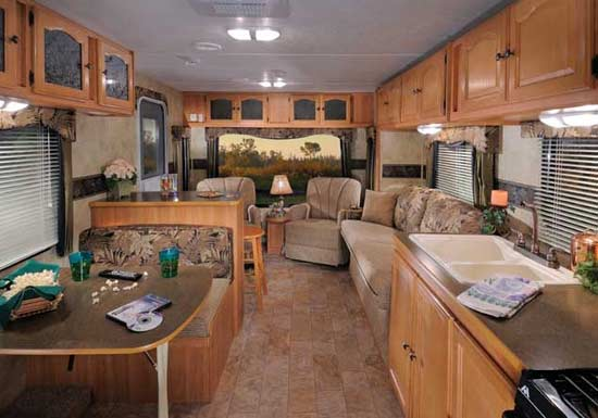 ... Passport ultra-lite travel trailer 2011 - interior looking to rear