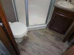 SD2880 bathroom2