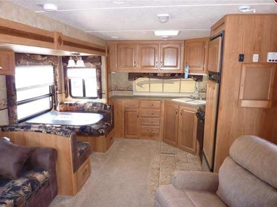2011-jayco-eagle-travel-trailer-interior-3d