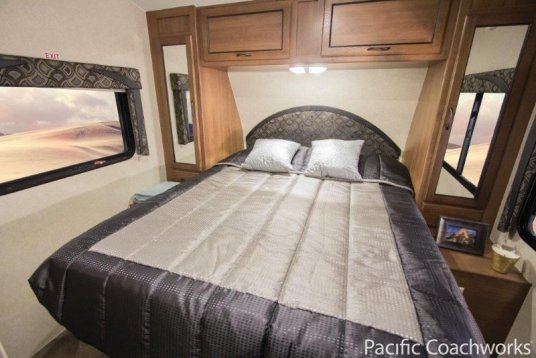 2014-pacific-coachworks-sandsport-fifth-wheel-F285FS-bedroom