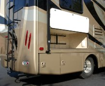 2014-thor-siesta-sprinter-24sa-class-b-motorhome-storage-exterior