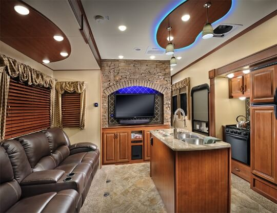 2015-forest-river-vengeance-39b12-interior-front