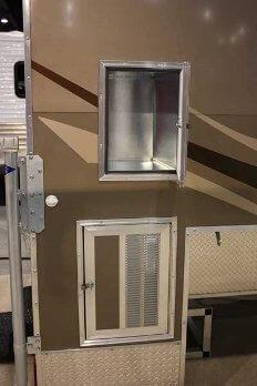 Camplite 8.5 Truck Camper - Generator storage door