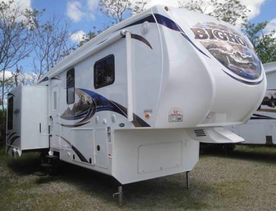 heartland-bighorn-fifth-wheel-exterior-2d