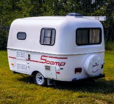 2015-scamp-13ft-standard-travel-trailer-exterior-rear