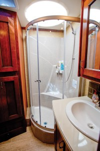 ENDEAVOR Bathroom