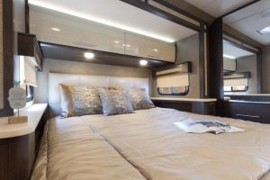 2017-Compass-23TB-Waterscape-Beechwood-Bedroom