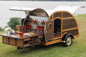 bulleit-frontier-whiskey-woody-tailgate-trailer-by-brad-ford