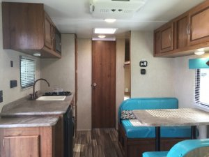 2017 Scotty S128BHR Kitchen and Dinette