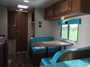 2017 S128BHR Dinette View