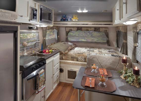 2009 Forest River Rockwood Mini Lite Travel Trailer