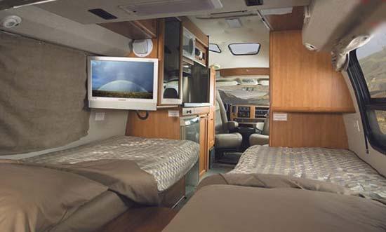 Roadtrek 190 Popular bedroom arrangement - twin beds
