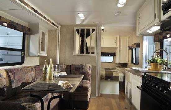 Travel trailers interior Luxury Zoom Travel Trailer Interior 722rk Model In Harmony White Roaming Times 2010 Dutchmen Aerolite Zoom Microlite Travel Trailer Rv Roaming Times