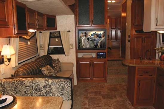 2010 keystone montana high country fifth wheel roaming times. Black Bedroom Furniture Sets. Home Design Ideas