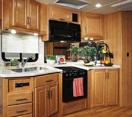 Fleetwood Southwind class A motorhome - kitchen