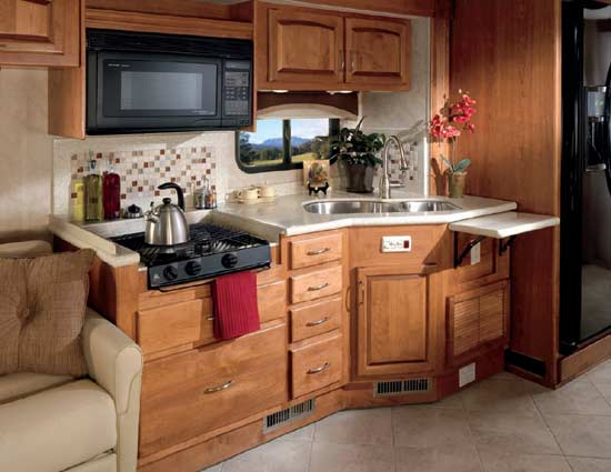 2011 Monaco Cayman Luxury Motorhome Roaming Times