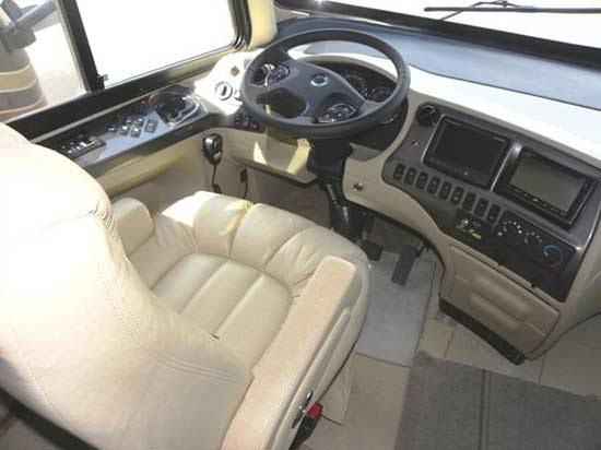 Tiffin Allegro Bus diesel motorcoach RV cockpit