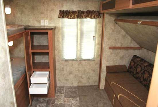 2011 Keystone Passport Ultra Lite Travel Trailer Roaming