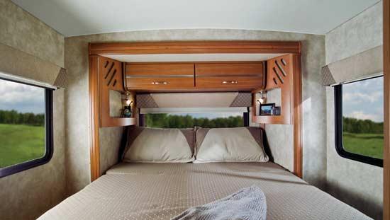 Winnebago View class C motorhome 2011 - Profile sliding bedroom
