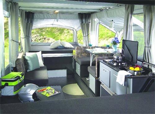 Fleetwood Evolution camping trailer interior