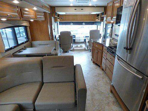 2016 Fleetwood Bounder 33c Class A Roaming Times