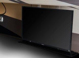 2015-monaco-dynasty-45-palace-class-a-diesel-exterior-tv