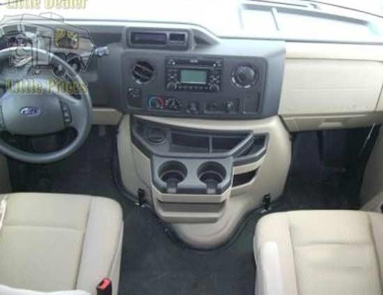 mvp-rv-tahoe-class-c-motorhome-interior-1d