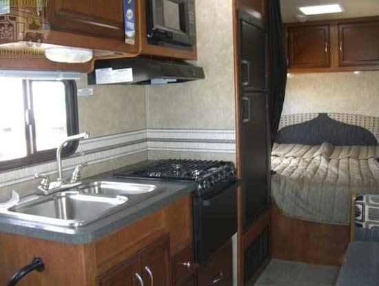 mvp-rv-tahoe-class-c-motorhome-interior-4d