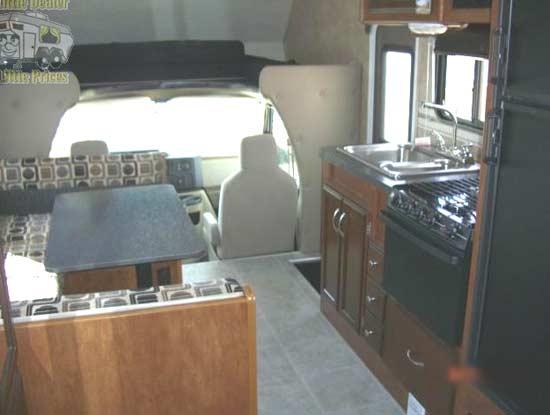 mvp-rv-tahoe-class-c-motorhome-interior-5d