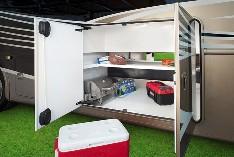 2015-thor-palazzo-class-a-diesel-model-35-1-motorhome-storage