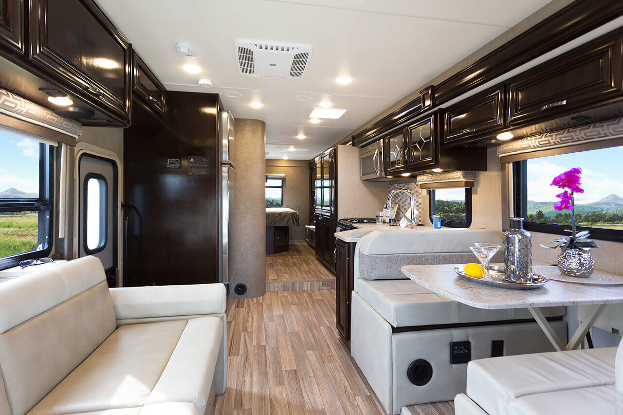 Thor Motor Coach Redefines Luxury Roaming Times