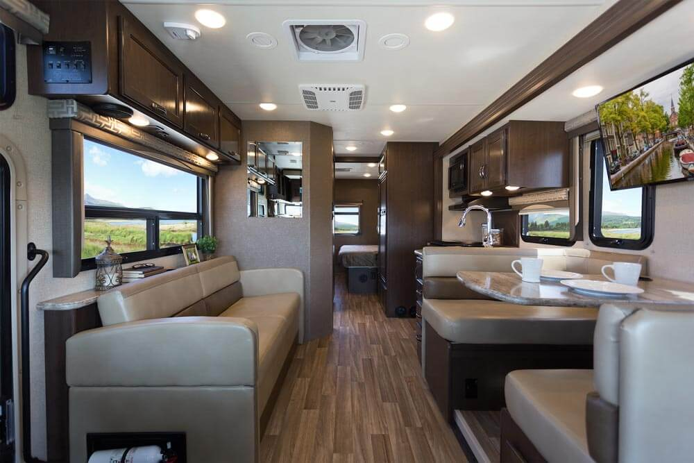 Thor motor coach 2017 class a motorhomes roaming times for Motor coaches with 2 bedrooms