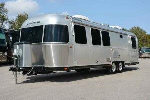 2016 And 2017 Airstream Classic 30 Exterior