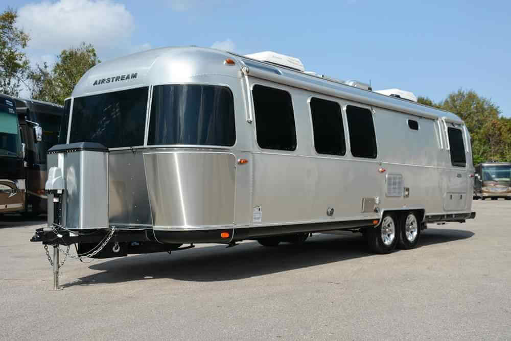 10 MORE Top Travel Trailers | Roaming Times