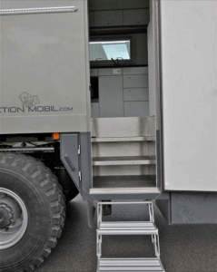 Action Mobil Exterior Stairs