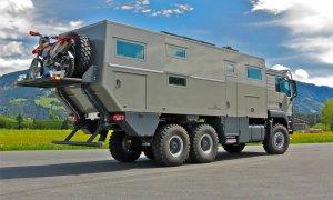 Action Mobil Globecruiser 7500 Rear Side