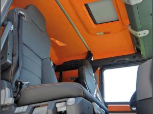 Action Mobil Interior Cab