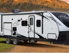 3.2.Coachman Spirit Ultrallite Travel Trailer Exterior