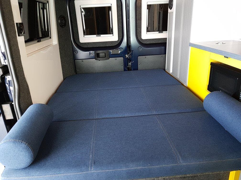 5 Mars RV Campervan bed