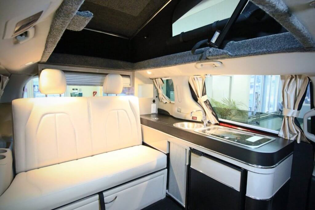 5 Mars Illusion Campervan Interior