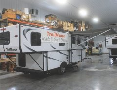 hard sided popup - trailmanor rv