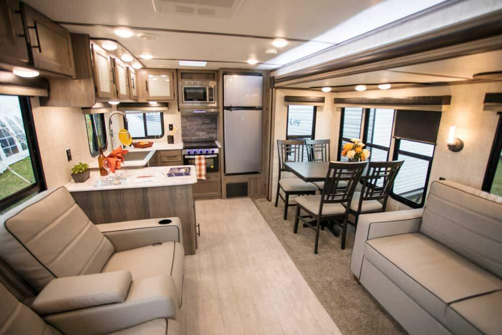 2020 Gulf Stream Gold Travel Trailer