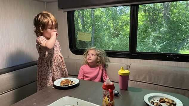 dining in an rv